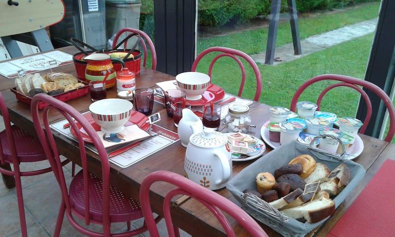 Chez Pascale et Christophe - Bouvaincourt-sur-Bresle - Bed & Breakfast