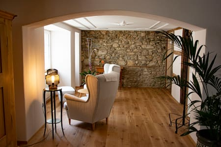 Charming Suite in the oldtown of Schaffhausen