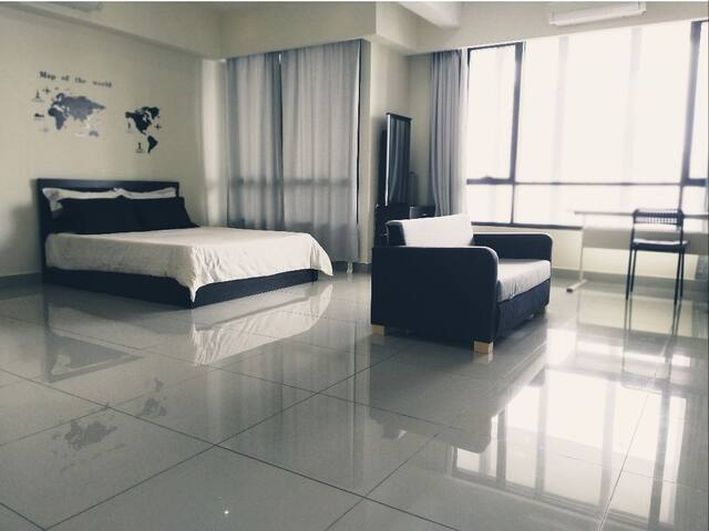 Modern Stay @ FLEXIS One south near APU