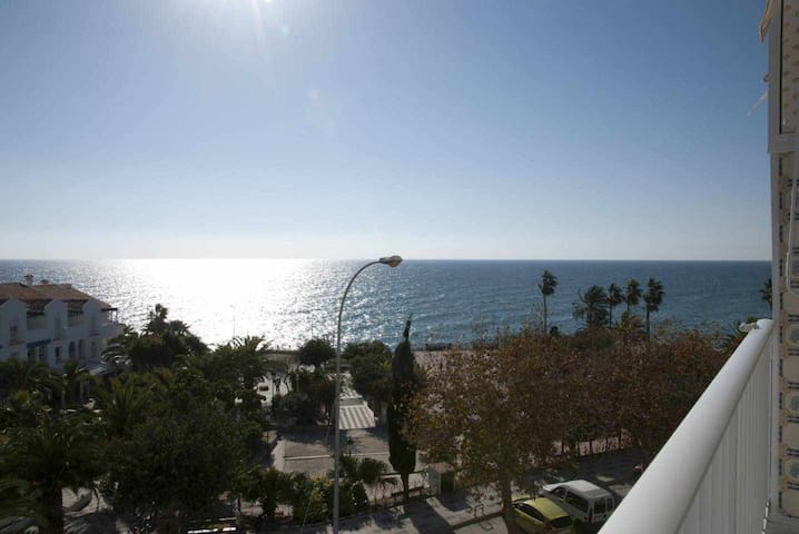 To the beach! Apartment with wonderful sea view