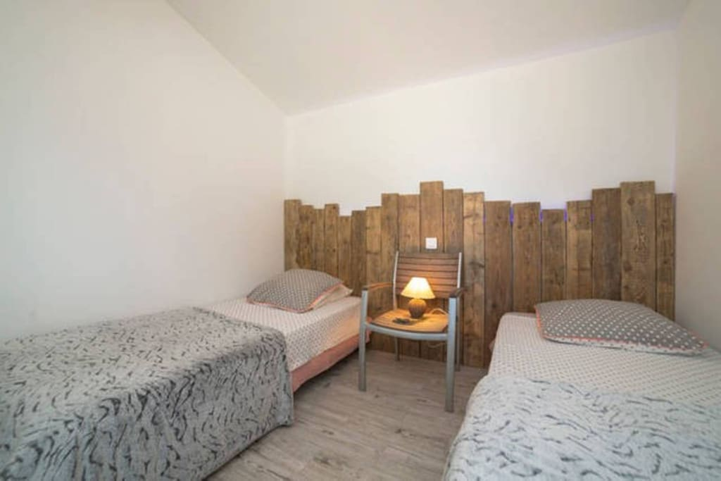 la chambre avec possibilité de 2 lits séparés