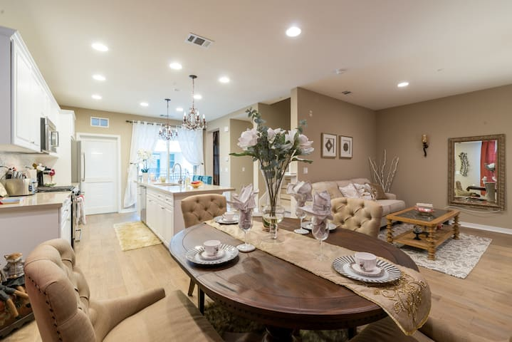 Sunshine Room In Silicon Valley - Sanjose  - Huis