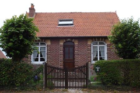 Maison normande entre mer et campagne. - Berneval-le-Grand - Casa