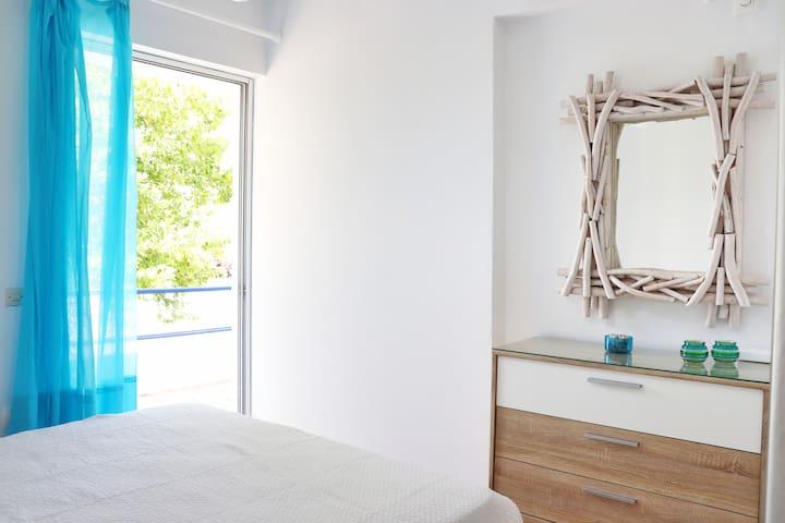 Gentle Breeze apartment
