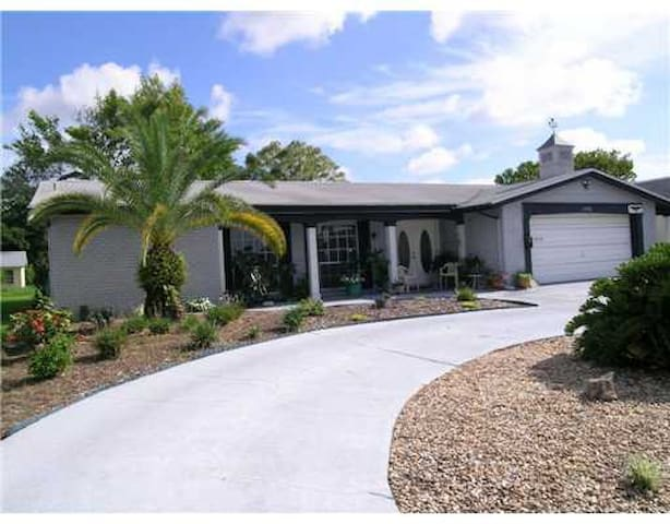 New Port Richey Canal Home - New Port Richey - Ev