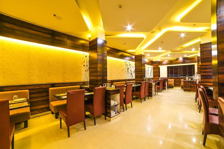 Pleasant stays in the biggest commercial area of Hyderabad (Behum Bazar) @ Nampally, Hyderabad