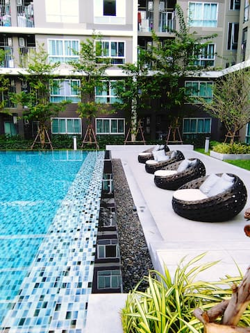 Oasis of Calm,BTS Bearing-Sukhumvit - Tambon Sam Rong Nua - Apartment