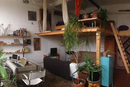 Warm room/studio in Weißensee - Berlin - Loft