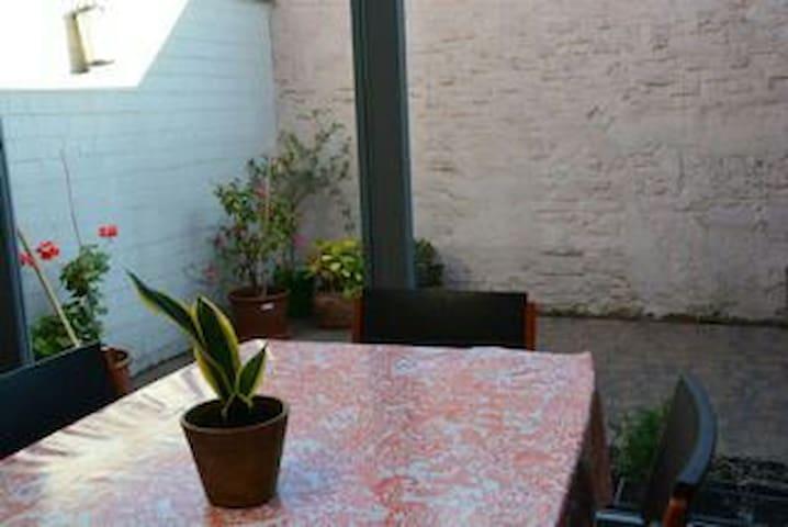 Gezellig retro ingericht huis - Gent