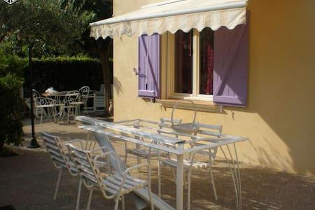 un petit coin provençal - Le Muy