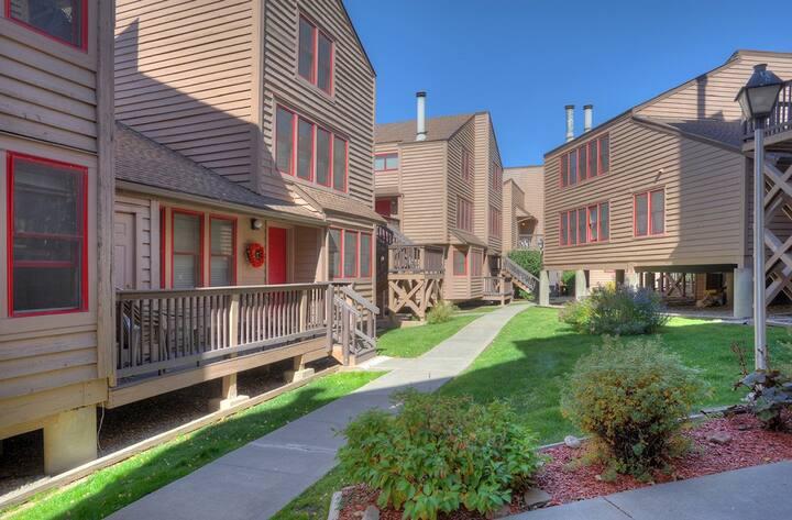 Durango Tranquility at Ferringway Condominiums
