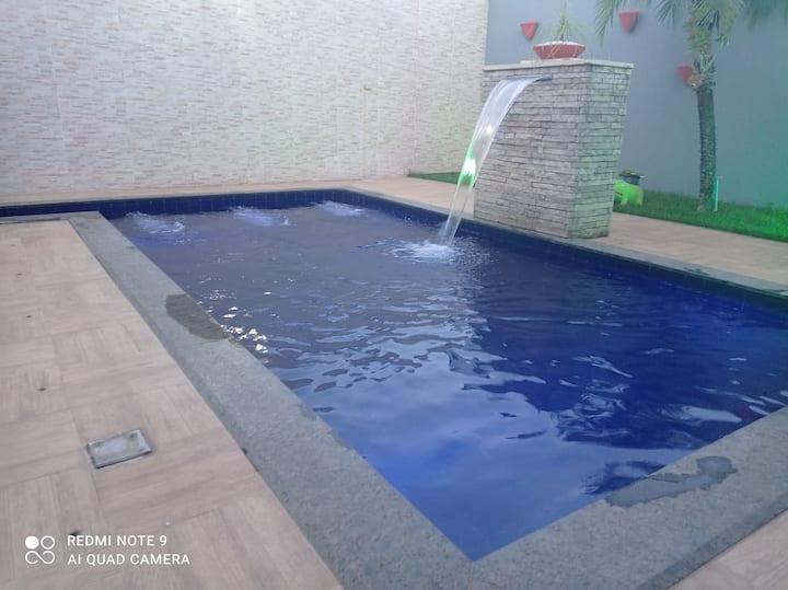 Casa com piscina em Sete lagoas.