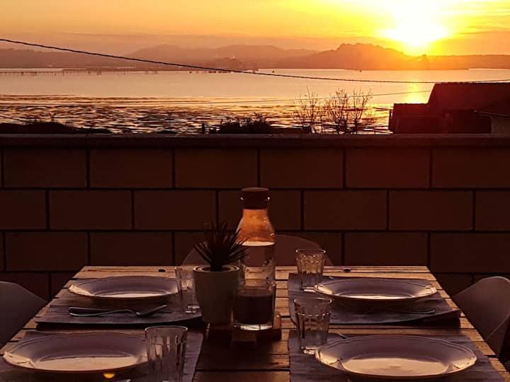 La Rotiza: Frente Santander, terraza y vistas mar