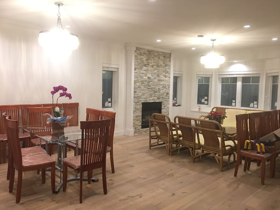 Dining/Living room