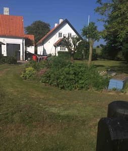 Rooms close to the ocean and charming Kerteminde
