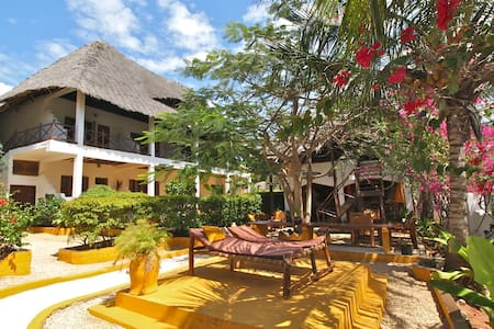 Colours of Zanzibar - Kiwengwa - 家庭式旅館