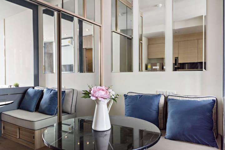 T6 31F 豪华公寓无边泳池特价优惠中
