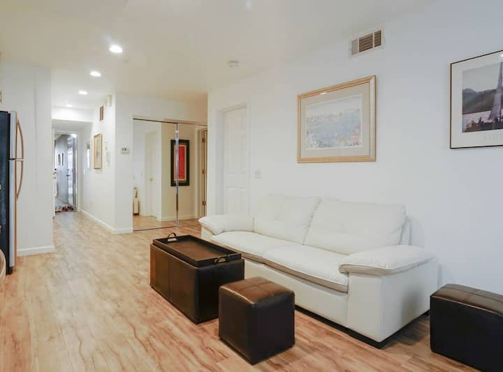 Newly renovated 2bdrm condo in the heart of SF