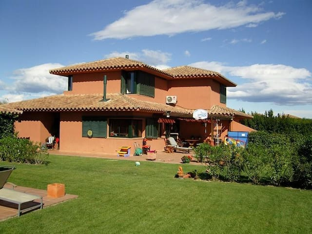 The house on golf near the sea - Navata - Villa