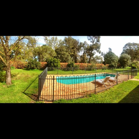 The Cherry Orchard - Benalla - Casa