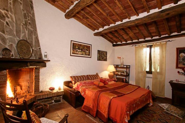 """Villa Mimosa""  romantica Toscana mare piscina Spa"