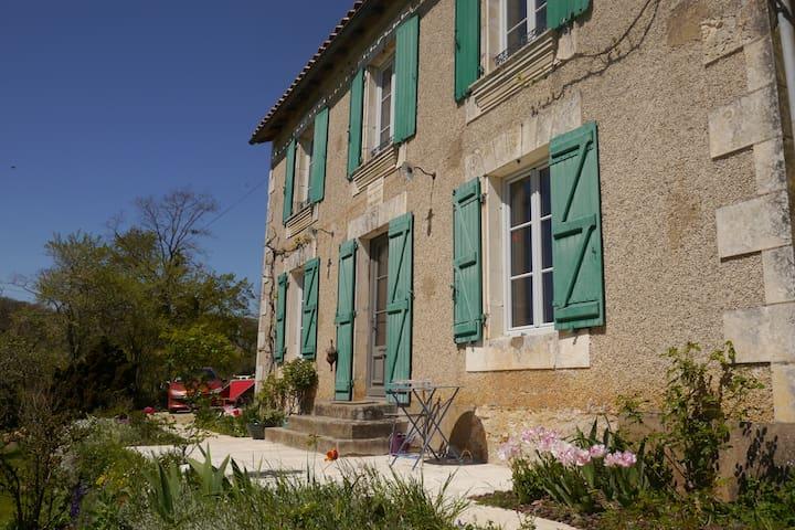 La Duboise    140m2 - Lusignan - บ้าน