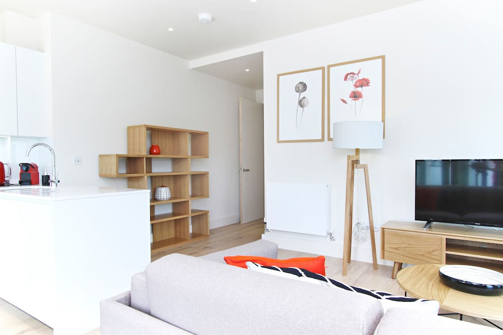 Two Bed Rooms Flat To Rent In Waterloo London