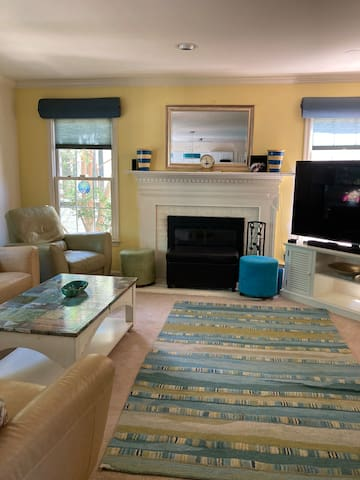 Comfortable Family Room with Fireplace & TV