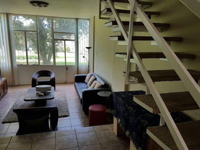 Easy access ground floor apartment - Germiston