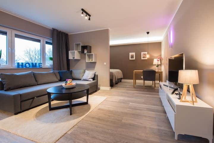 Modern Living - ESSEN -SMART HOME -NETFLIX- 3 pers