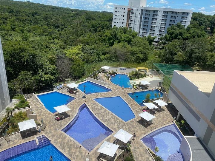 Flat 715 diferenciado na cobertura vista piscinas