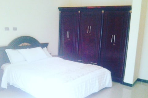 Single Room /Afeworki Guest House