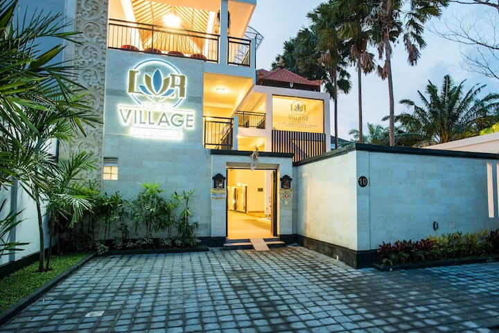 Strategic Place to stay at Legian