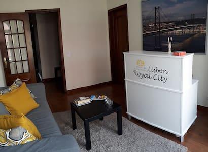 Comfortable Shared Room 1 * Royal City Hostel