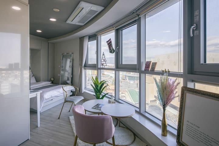 [HANI`s Room♥Part.1] ☆NEW☆ 동대구역/KTX/지하철/신세계백화점 앞
