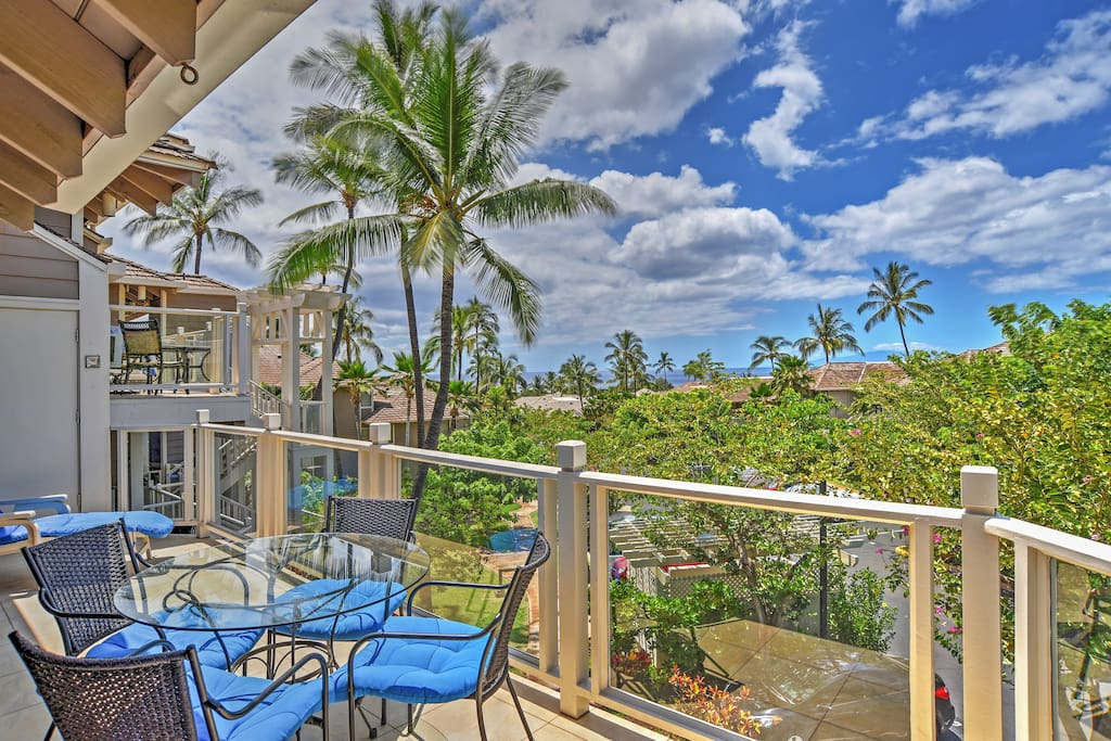 Watch the whales breaching the ocean surface from the private lanai!