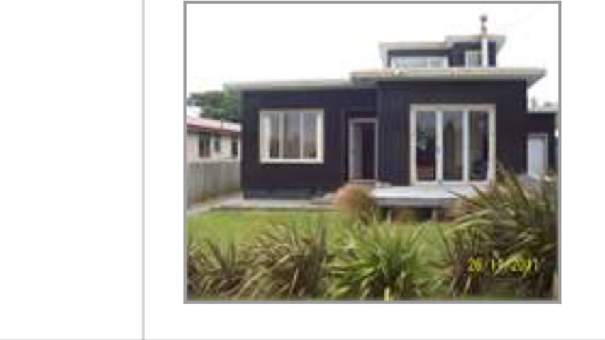 Riverton Beach House