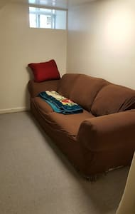 Budget Friendly Stay in North Quincy - Σπίτι