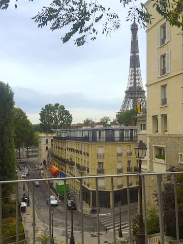 NICE STUDIO CLOSE TO THE EIFFEL TOWER 16m2