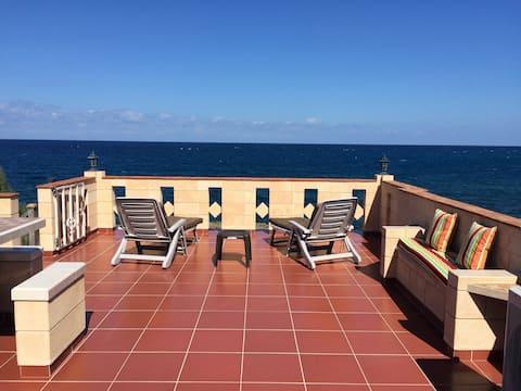 Casa con vista al mar - Lujo y excelente ubicación