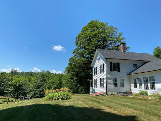 Litchfield County Home w/ a View + high speed wifi