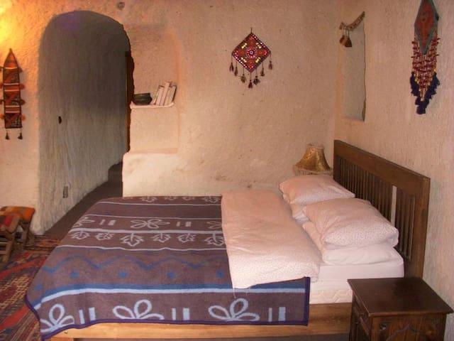 Hasan Cave House 2