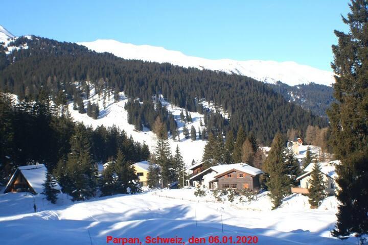 Unweit Wintersportgebiet Lenzerheide und Arosa