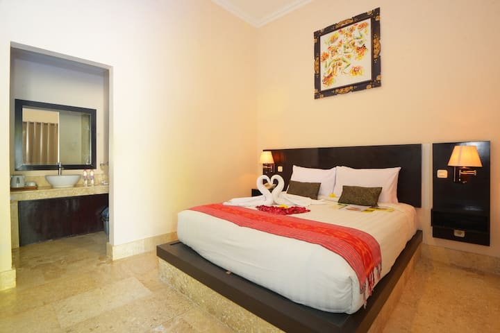 Andari Legian Pool Side For Bali Long Stay Hotel Bed And Breakfasts For Rent In Kuta Bali Indonesia