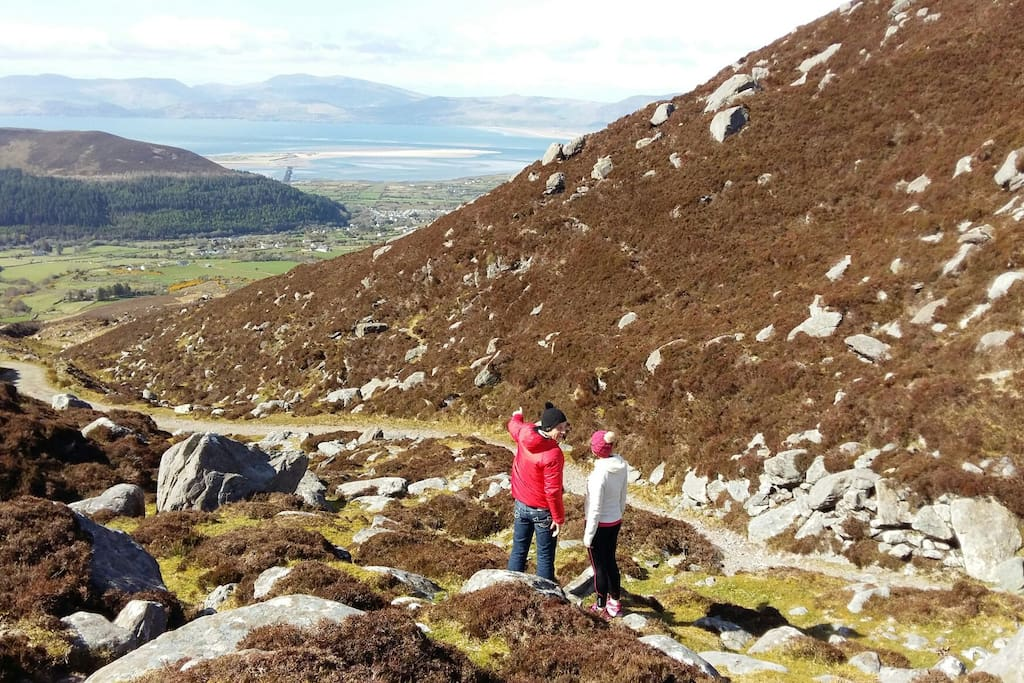 Views from Caragh Lake to Rossbeigh beach through the mountains