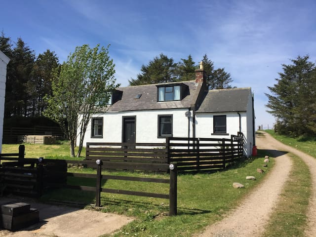South Cross Slacks Farm House