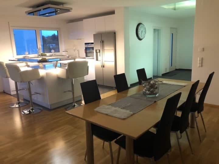 Moderne vollausgestattete Wohnung im Schwarzwald ☀️