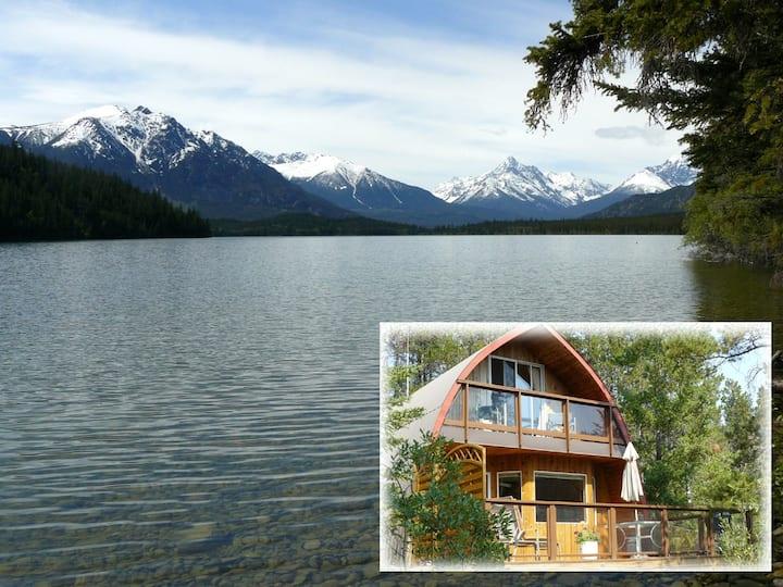 Horn Lake Cottage