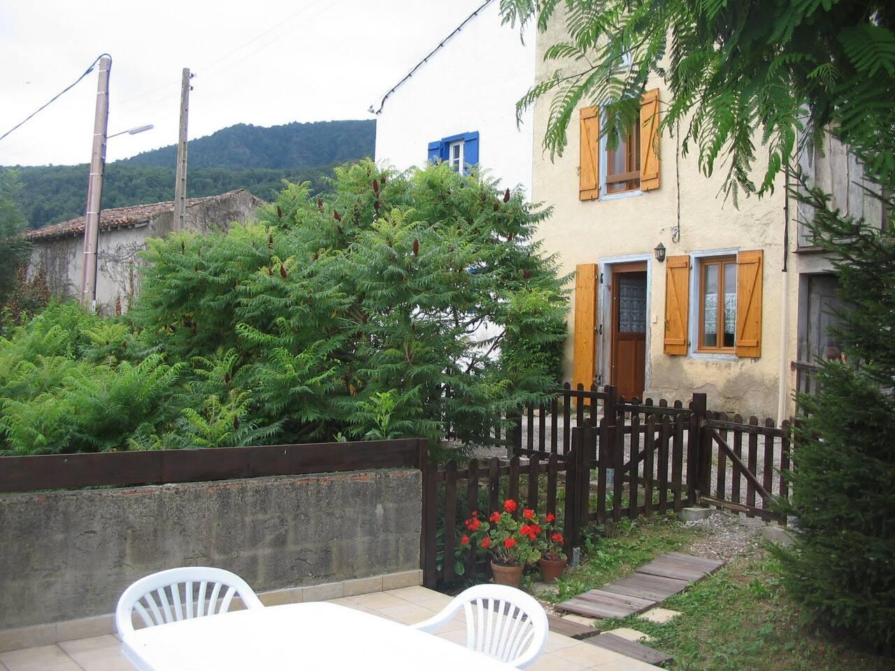 maison et terrasse pour exterieure