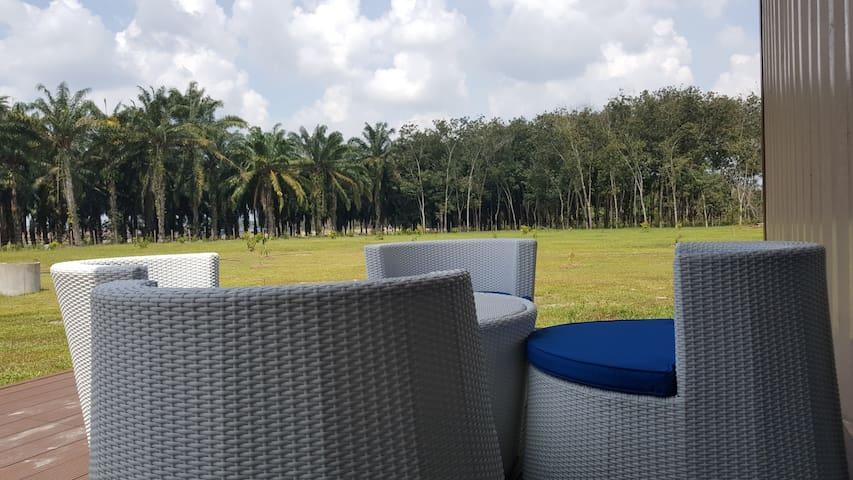 Triang Ecolodge Farm Retreat (Magnolia)